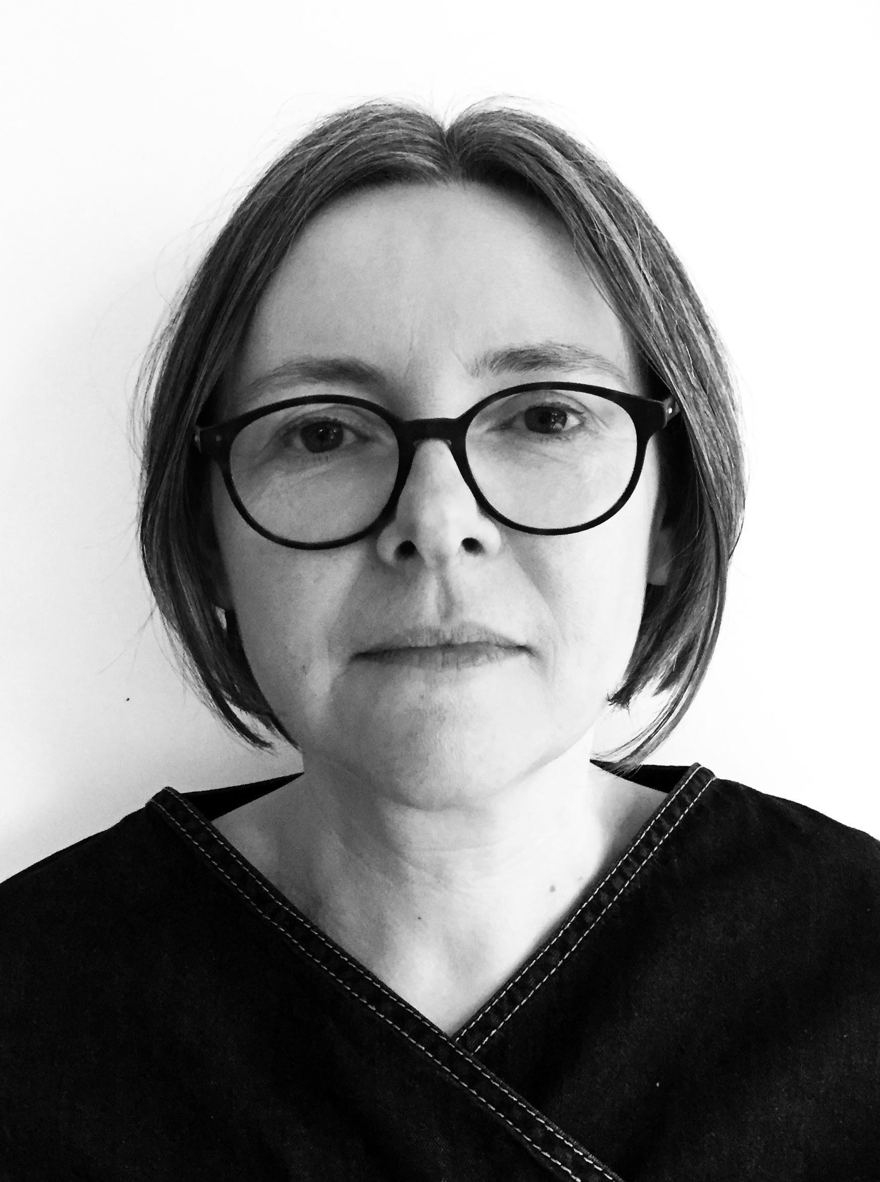 Melanie Walsh Headshot